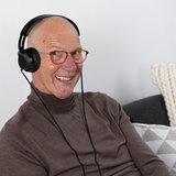 Koptelefoon voor senioren_